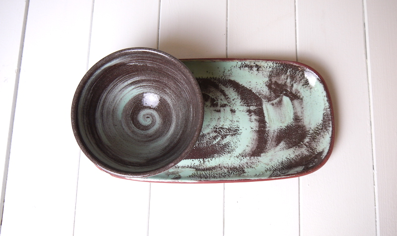 Medium bowl and large rectangular plate